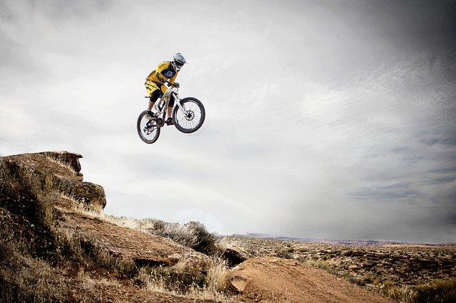 THINGS TO CONSIDER BEFORE BUYING A MOUNTAIN BIKE