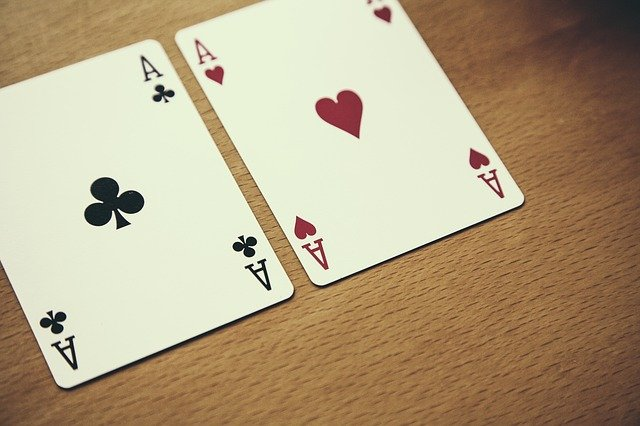 Methods to Cope with Risk And Reason Behind Judi Live Casino
