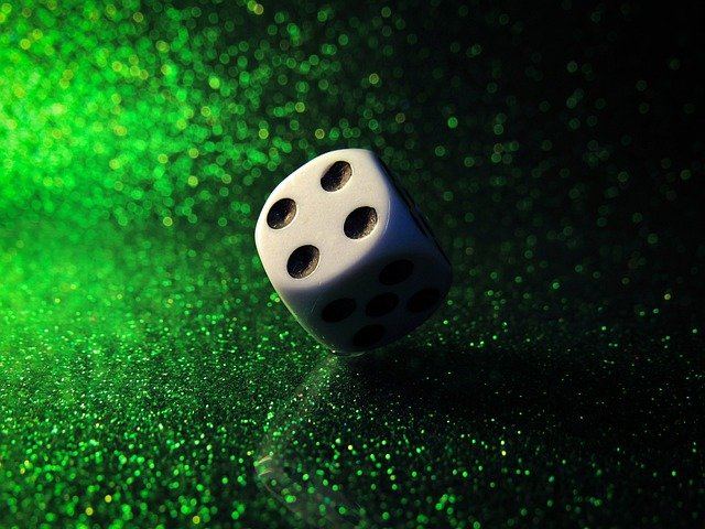 Fantastic Clues and Suggestions to Make Victory in Live Gambling