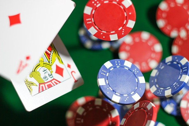 Adequate Advantages Of Try Your Luck On Online Poker Gambling Games!