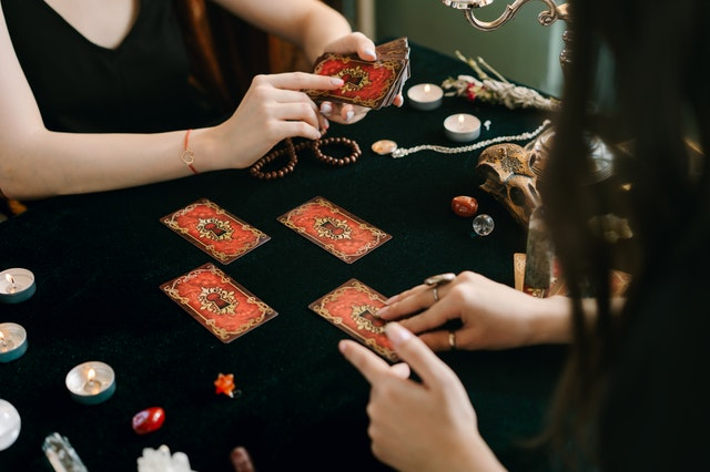 How to Earn Money With Online Casino Gambling