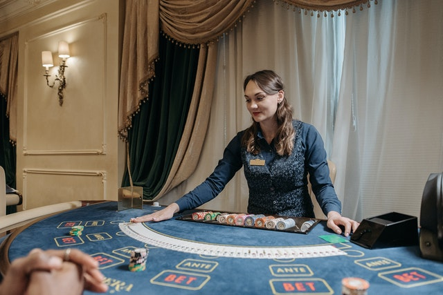 Apply 5 Tips to Maximize Your Performance in Online Gambling Services